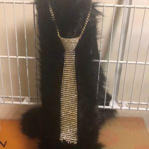 Jewelry - Tie necklace